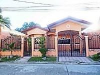 Pilar Village, Las Pinas City Bungalow House & Lot for Sale